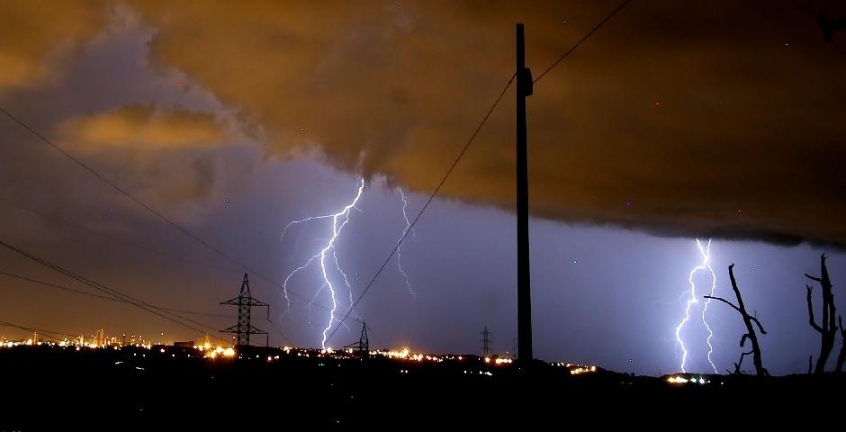 Proteção elétrica: dispositivos eletrônicos são mais vulneráveis do que você pensa